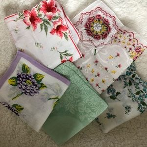 Lot of vintage 1950s floral printed cotton hankies